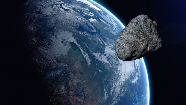 Asteroid_passing_near_Earth