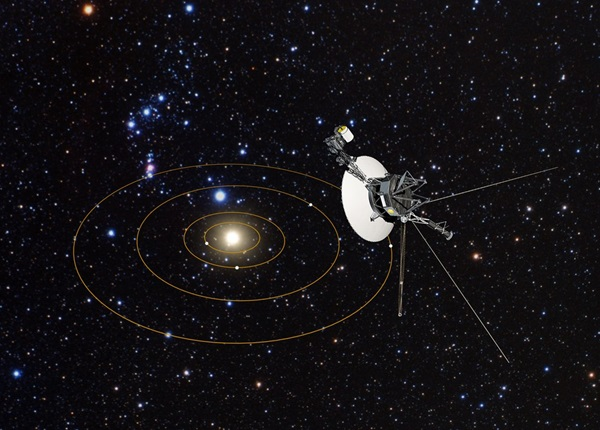 Voyager 1 – the First Starship