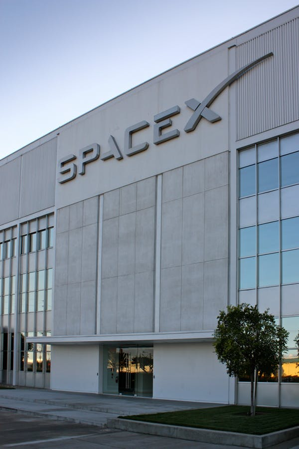 spaceXHQ