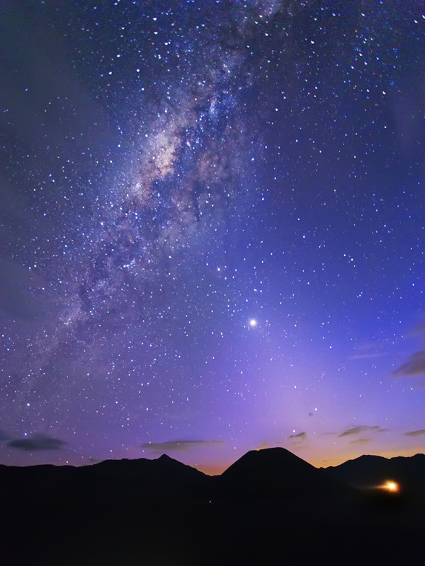 ZodiacalLightMilkyWay