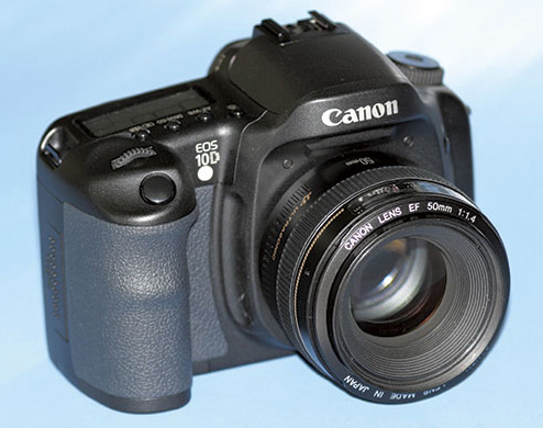 Canon 10D digital SLR camera
