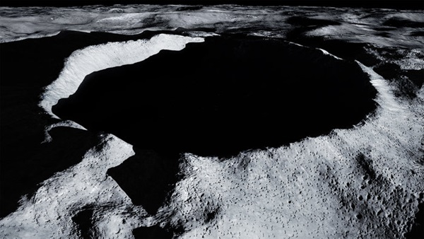 Shackleton_Crater
