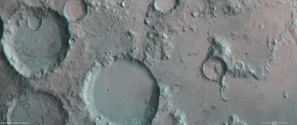 3D_view_of_Charitum_Montes