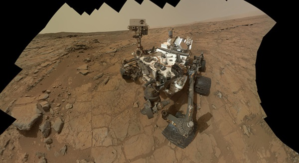 Mars rover Curiosity self-portrait