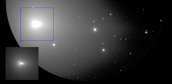Optical image of the structures surrounding the nucleus of Comet Lovejoy