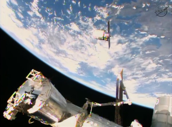 cygnus resupply craft approaches ISS