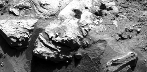 "Mars Curiosity rover drills sandstone target called ""Windjana"