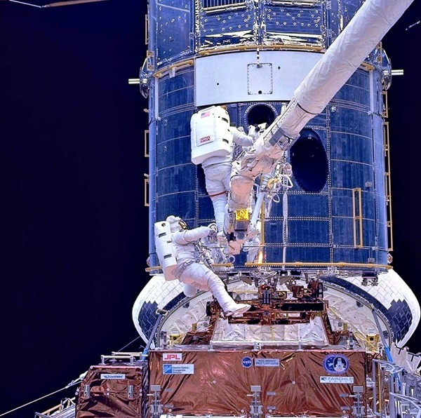 Upgrading_Hubble_during_SM1