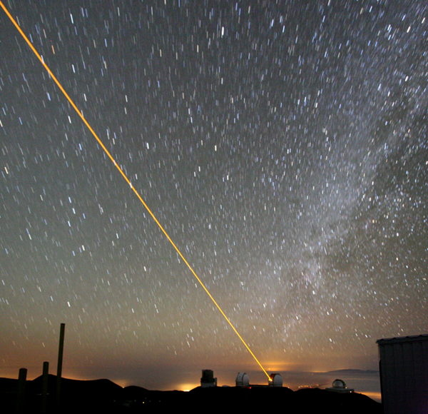 795pxKeck_laser_at_night