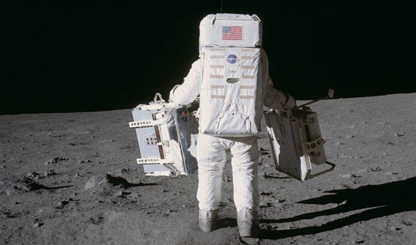 Trove Of Newly Released Nasa Audio Puts You Backstage During Apollo