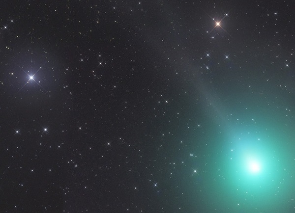Christmas Comet 2019.The Year S Brightest Comet Makes Its Closest Pass By Earth