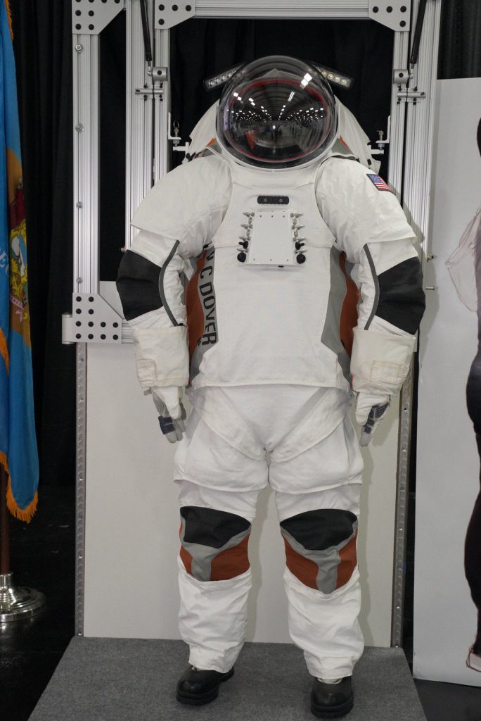 Spacesuits and Life Support Systems for the Exploration of Mars
