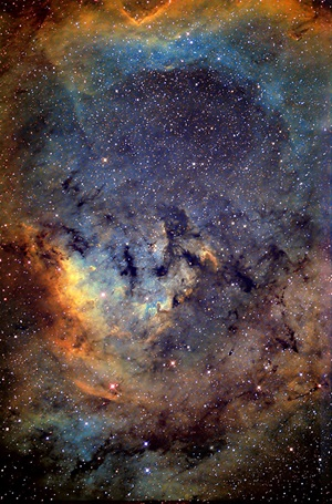 NGC 7822 in the Hubble palette