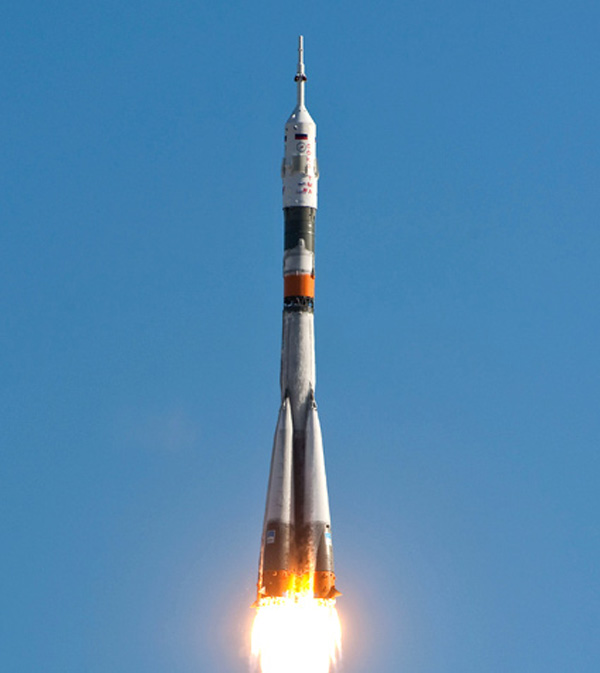 Expedition 23 launches from Kazakhstan