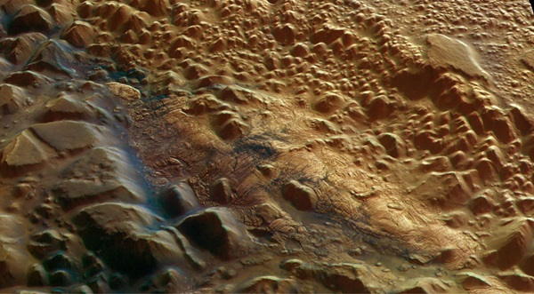 Light Toned Deposits on Mars