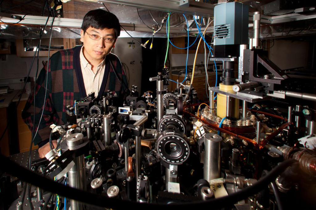 Ultracold Big Bang experiment simulates evolution of early universe