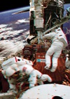 3-D Astronauts Repair Hubble